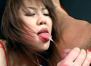 Asian girl cumming